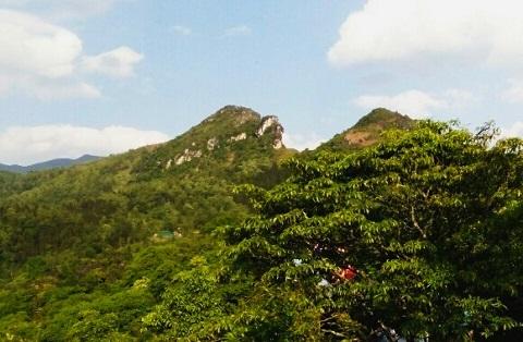 Núi Hàm Rồng -địa danh du lich SaPa
